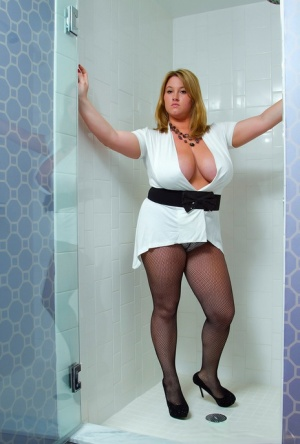 Chubby In Pantyhose Pics