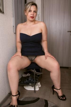 Chubby Upskirt Pics