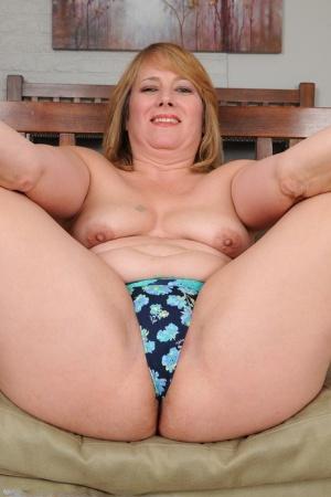Chubby Housewife Pics