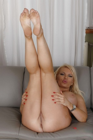 Chubby Legs Porn Pics